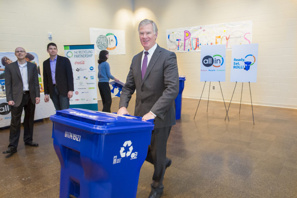 Corporate speaker with recycling can
